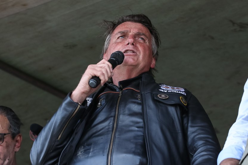 CPI pede ao TCU íntegra de processo sobre motociatas de Bolsonaro