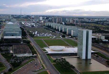 As contas da fusão DEM-PSL e as reações em Brasília