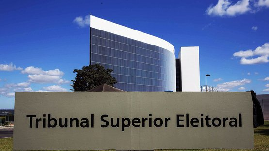 TSE manda PROS devolver R$ 10 milhões por compra de mansão em Brasília