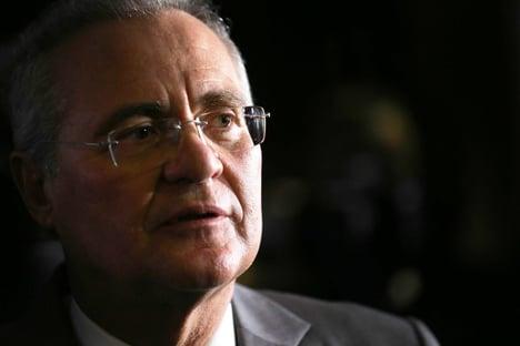 """Renan fala em """"confissão homicida"""" e chama Janot de """"jagunço"""" e """"psicopata"""""""