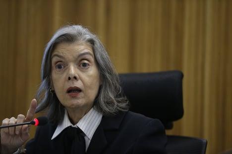 """""""O Brasil inteiro sabe que sou a favor de cumprir pena após 2ª instância"""""""