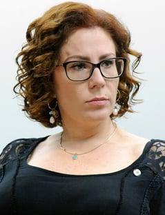 Carla Zambelli supera Joice Hasselmann