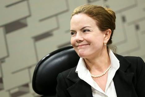 A frente de Marta contra Bolsonaro