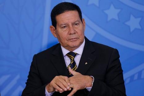 """""""Se o presidente tiver que demitir Moro, ele vai demitir e acabou"""""""