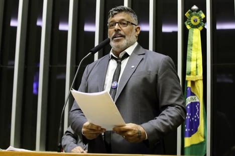 Para líderes do DEM, foi melhor Frota ter ido para o PSDB