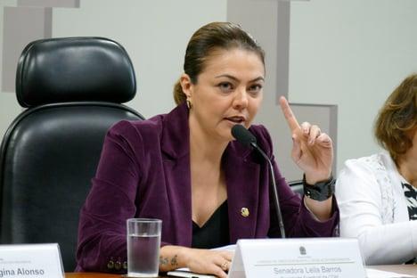 Senadora não aceita ir a Palmas em voo da FAB