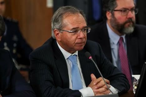 Cabe a Guedes decisão sobre comando do Coaf, diz Bolsonaro