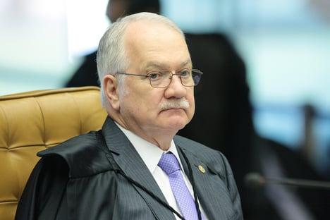 """Fachin: """"Está em curso no Brasil o processo de demolição das instituições democráticas"""""""