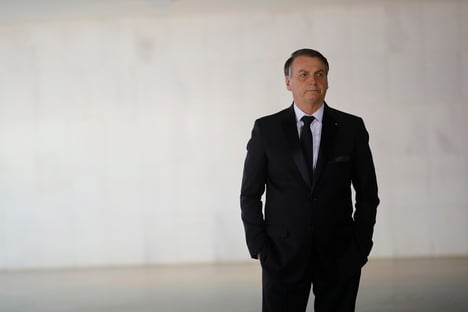 Bolsonaro fora de 2020 sem assinaturas eletrônicas
