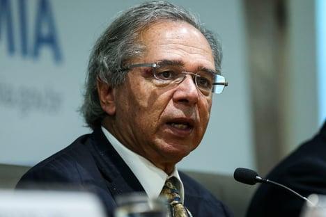 Governo avalia prorrogar coronavoucher até dezembro