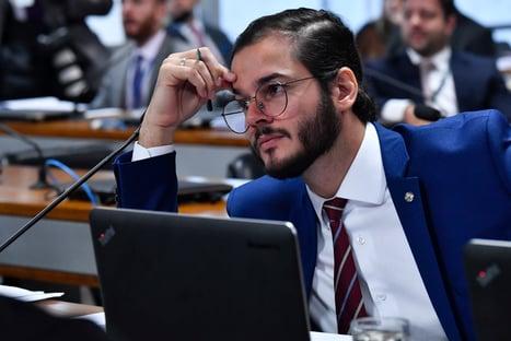 Ciro tem que criticar Bolsonaro e parar de atacar Lula, diz Túlio Gadêlha