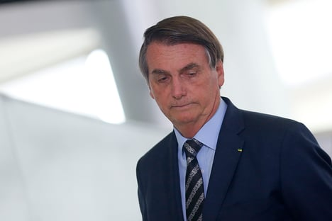 Da comitiva de Bolsonaro aos EUA, 11 estão com o novo coronavírus
