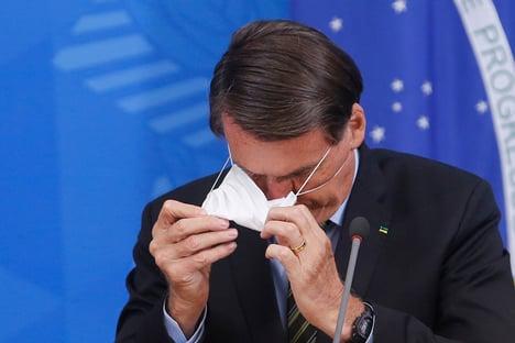 As mortes estão no colo de Bolsonaro