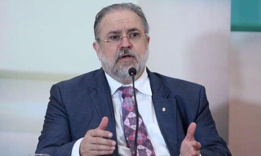 Aras defende compartilhamento de dados de celular com o IBGE