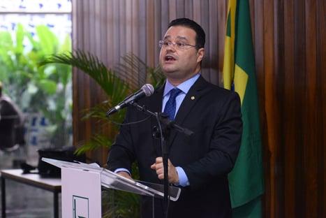 """""""Não é justo"""", diz Fábio Trad, sobre golpe do fundão de R$ 5,7 bilhões"""