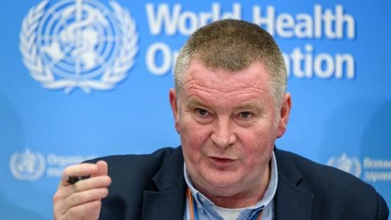 Imunidade de rebanho natural é estupidez epidemiológica, diz diretor da OMS