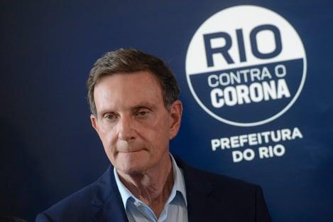 Covid-19: com UTIs enchendo, Crivella libera shows e casamentos no Rio