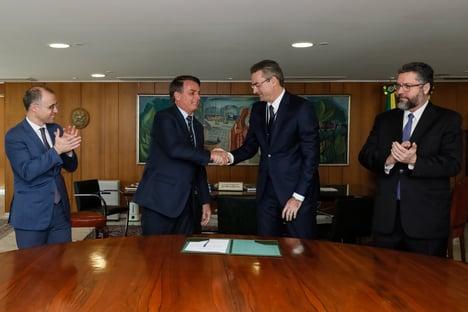 """""""Quero o Rio"""", diz Bolsonaro em mensagem a Moro"""