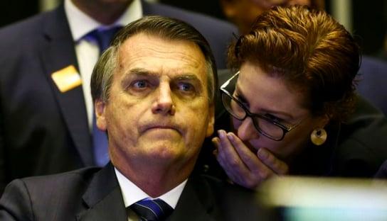 Carla Zambelli tem as bênçãos de Bolsonaro e filhos para assumir Secom da Câmara