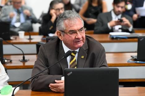 """""""Bolsonaro está cercado por inimigos dentro do governo"""""""