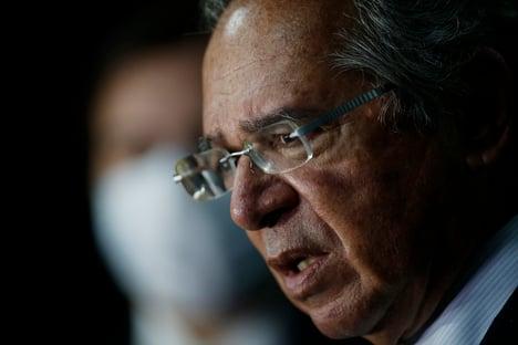 Guedes define meta fiscal com déficit de R$ 247 bilhões para 2021