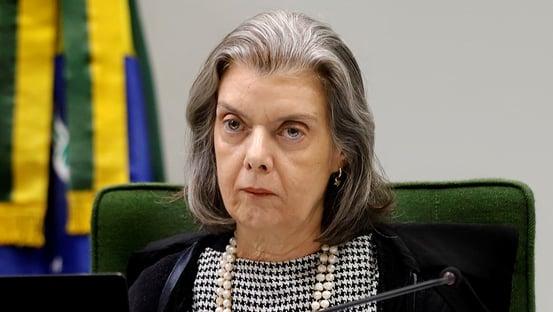 Cármen Lúcia dá cinco dias para Defesa explicar sigilo de 100 anos sobre punição de Pazuello