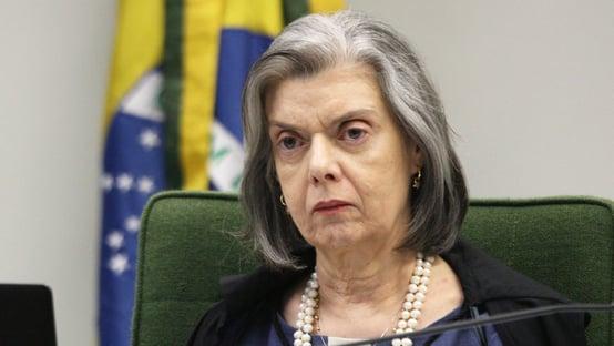 Cármen Lúcia rejeita ação para obrigar Lira a pautar impeachment