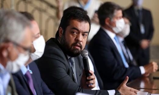 Governador interino do Rio não se compromete a escolher mais votado para MP-RJ
