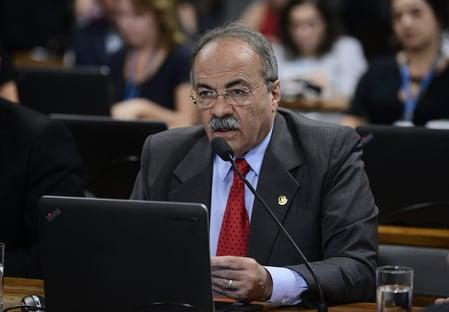 Há 226 dias, a PF encontrava dinheiro entre as nádegas de Chico Rodrigues