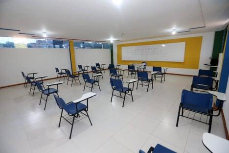 Escolas públicas perderam quase 650 mil matrículas em 2020, mostra Censo Escolar