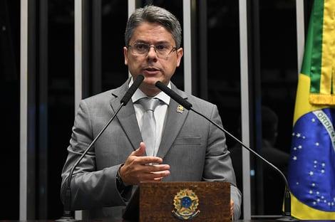 """""""A participação de Bolsonaro na cadeia de comando é muito clara"""""""