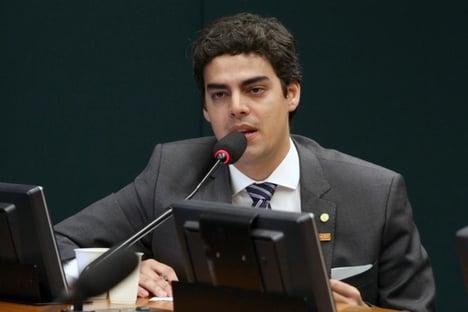 """Tiago Mitraud: """"Bolsonaro está fazendo questão de acabar é com o combate à corrupção"""""""