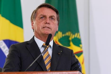 """""""Não dou bola para isso"""", diz Bolsonaro sobre país ter ficado para trás na vacinação"""