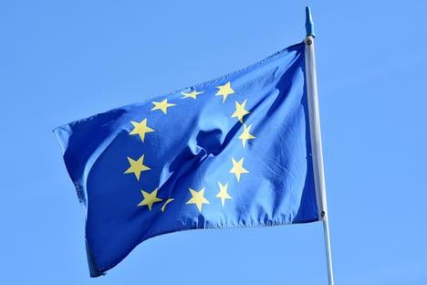 UE acusa AstraZeneca de violar contrato de fornecimento de vacinas