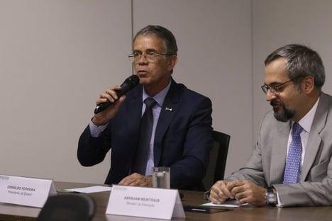 General que comanda estatal se mostra preocupado com a pandemia e defende vacina