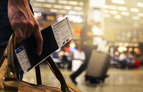 Governo exige de estrangeiros que já tiveram Covid mais documentos para entrada no Brasil