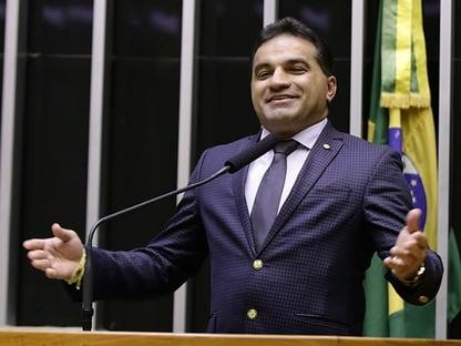 PF apreende 2 milhões na casa de deputado federal e presidente do PL no Maranhão