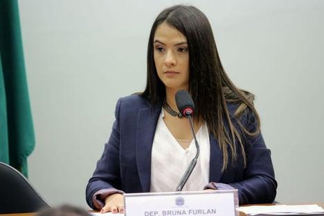 """""""Não é momento de falar em impeachment"""", diz vice-presidente do PSDB"""