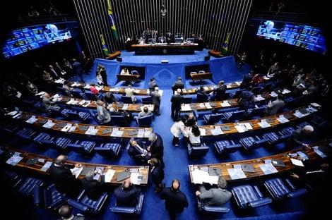 Como resposta a Bolsonaro, Senado aprova projeto que revoga Lei de Segurança Nacional