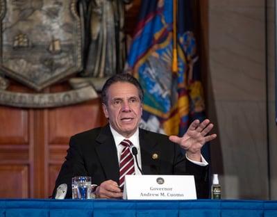 Governador de NY assediou 11 mulheres, diz investigação; ele nega