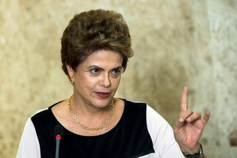 """Em tréplica, Dilma diz que visão de Ciro é """"profundamente misógina"""""""