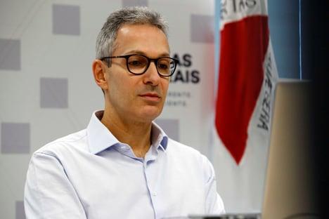 "Zema diz lamentar ""postura"" de Bolsonaro na pandemia"
