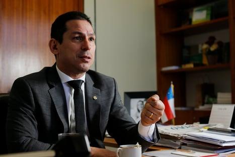 """Vice-presidente da Câmara defende urna eletrônica: """"Parece medo de perder"""""""
