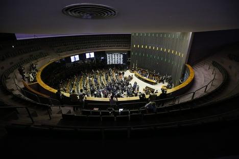 145 deputados contra a reforma administrativa