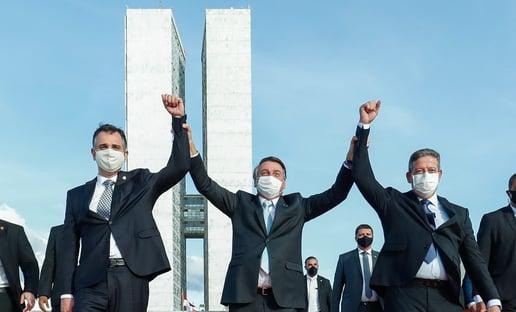 Bolsolão faz presidente perder discurso que o elegeu