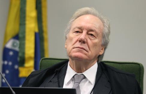 Lewandowski abre caminho para possíveis medidas do Judiciário contra Bolsonaro, dizem ministros