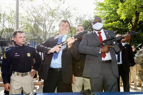 Política armamentista do governo facilita a vida de bandidos