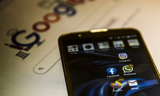 Congresso derruba veto ao projeto que dá acesso gratuito à internet a alunos e professores
