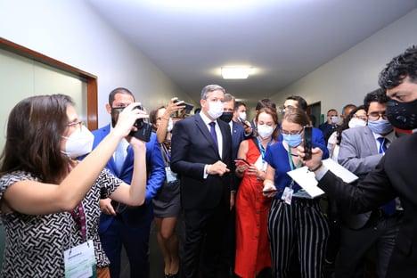 Nove partidos vão ao STF para sustar ato de Arthur Lira