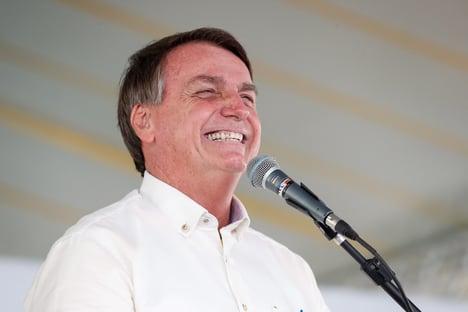 Bolsonaro recusa convite de diretor da Anvisa para se vacinar